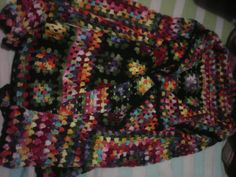 Blusa de croche  feita a mão com linha ane