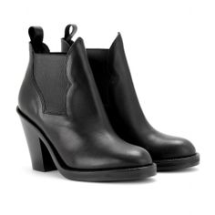 mytheresa.com - Lederboots Star ∫ Acne | mytheresa.com - Luxury Fashion for Women / Designer clothing, shoes, bags