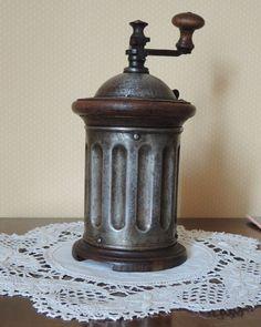 MOULIN A CAFÉ ANCIEN PEUGEOT in Collections, Objets de cuisine, Cafetières, moulins à café | eBay