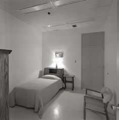 Welcome to Hotel NASA. Here's a bedroom at NASA in 1950. | Take A Look Inside NASA In The '50s