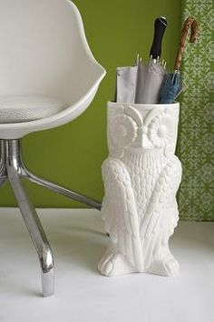 Owl vase/umbrella stand