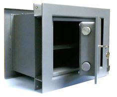 A floor safe is a reliable, resilient to the bribery safe designed to store important documentation, money, and other values. A floor safe for office. Safe Storage, Locker Storage, Best Home Safe, Safe Door, Electronic Lock, Interior Design Elements, Home Safes, Floor Space, Flooring