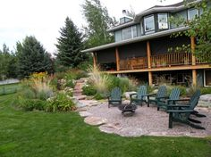 Inspirational Pea Gravel Patio Increases Natural Touch on Patio: Stunning Frontyard With Pea Gravel Patio Idea ~ ceradubois.com Interior Inspiration