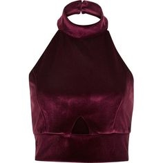 River Island Dark red velvet halter neck crop top (160 HRK) ❤ liked on Polyvore featuring tops, crop tops, shirts, tanks, sale, purple shirt, fitted shirts, purple halter top, cut out crop top and cutout crop top