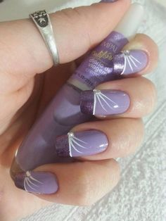 Fabulous purple nails design. I just love these nails!