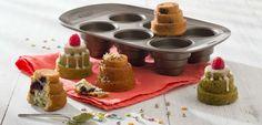 Pyrex asimetriA Mini gâteaux montés en métal avec prise en main facile - 6 cavités