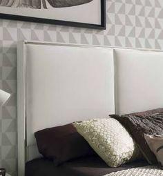 Sengegavl modell ANDREA. www.mirame.no #sengegavl #seng #soverom #sove #sweetdreams #design #interior #interiør #nettbutikk #mirameno #hus #hjem #hjemmedekor #innredning #sovgodt #andrea #rom123 #velur #kunstskinn #elegant Bed Pillows, Pillow Cases, Home, Pillows, Haus, Homes, Houses, At Home