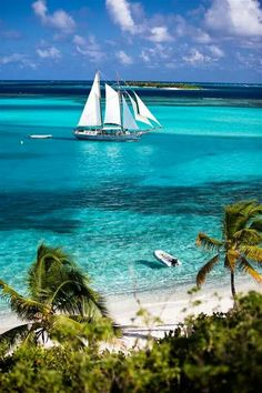 pretty classic boat sailing off of Union Island, the Grenadines Dream Vacations, Vacation Spots, Vacation Rentals, Iles Grenadines, Places To Travel, Places To See, Travel Destinations, Places Around The World, Belle Photo