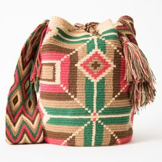 Handmade Wayuu Boho Bags | WAYUU TRIBE Crochet Patterns, Fair Trade – WAYUU TRIBE | Handmade Wayuu Mochilas Boho Bags Tapestry Bag, Tapestry Crochet, Tapestry Loom, Crochet Fall, Crochet Cross, Knit Crochet, Crochet Purse Patterns, Crochet Purses, Beading Patterns