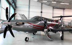 Pilatus PC 12 | Private airplane designed by studio a.s.h. Dream Big, Dream Cars, Cirrus Sr22, Jet, Fly Air, Airplane Design, Kabine, Aeroplanes, Business Ideas