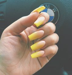 Follow ✨. @trυυвeaυтyѕ for more ρoρρin pins❕ Us Nails, Love Nails, How To Do Nails, Pretty Nails, Hair And Nails, Toenail Fungus Laser Treatment, Nails After Acrylics, Acryl Nails, Nail Remover