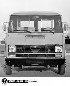 Alfa Romeo 32AR8 Furgone - pressphoto Alfa Romeo 156, Alfa Romeo Cars, Car Advertising, Big Trucks, Old Cars, Car Pictures, Concept Cars, Cars And Motorcycles, Jeep