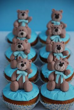 Teddy Bear Cupcakes.