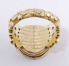 Inscription Napoleon Mourning Ring - Trustees of Sir John Soane's Museum Hair Jewelry, Jewelry Box, Jewelry Rings, Jewelry Accessories, Jewelry Design, Jewellery, Antique Rings, Vintage Rings, Antique Jewelry