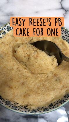 Mug Recipes, Fun Baking Recipes, Microwave Recipes, Healthy Dessert Recipes, Sweet Recipes, Delicious Desserts, Cooking Recipes, Healthy Food, Easy Snacks