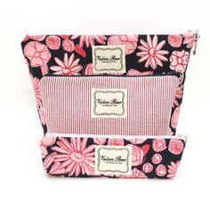 Shop our Pink Flowers Trio on www.vrhandbags.com for $60.00 @Vrhandbags #vrhlove #pinterestcontest #contest