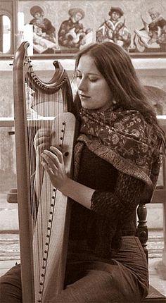 Elisabeth Pawelke  (Almara) | Germany | Classical Folk