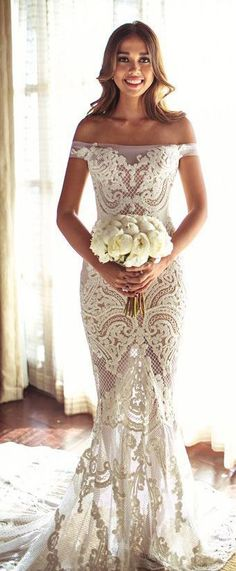 Gorgeous off the shoulder wedding dress!! Very pretty! Planning a destination wedding? Get tips and advice or plan online by yourself!! More info at www.destinationweddingcollective.com