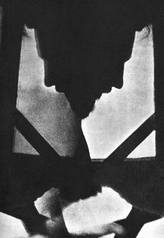 The tool he used was something that he called a 'Vortiscope', three mirrors attached together in the form of a triangle in 1916.