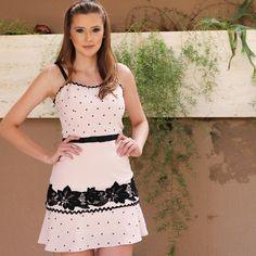 Vestido mais lindo!!!  cheio de detalhes!!! #amounicas #vemserunicas #nigthnigth  APAIXONADA