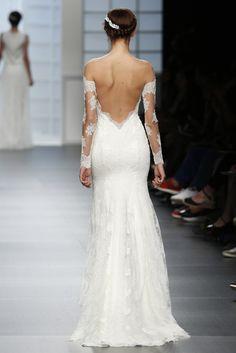 Los escotes en la espalda son para novias de verano