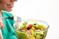 生理の時は食欲が増してすぐおなかがするのはなぜ