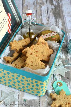 recette de cadeau noel vegetalien - biscuits a la vanille vegan - huile à la vanille et sucre vanille/rose  http://www.la-gourmandise-selon-angie.com/archives/2014/11/26/30847725.html