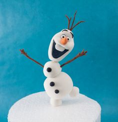 How To Make Olaf From Frozen Tutorial on Cake Central congelados anna elsa disney tutorial paso a paso diy fondant sugar paste clay tarta torta cake