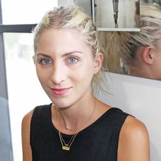 DIY Perfectly Primped Brows In 9 Easy Steps | The Zoe Report