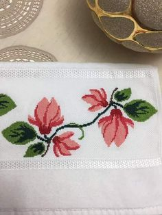 Cross Stitch Borders, Cross Stitch Patterns, Fabric Painting, Fabric Flowers, Cross Stitch Embroidery, Coin Purse, Quilts, Drawings, Design
