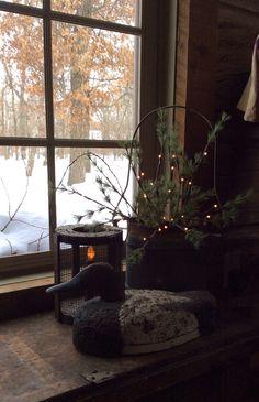 Winter quiet Www.primitivesbymichelle.blogspot.com