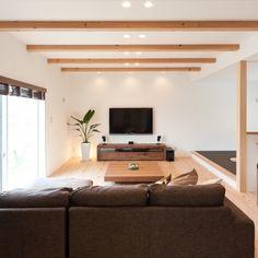 yuuuuuriさんの、リビング,観葉植物,照明,ナチュラル,スピーカー,BOSE,広松木工,自然素材,壁掛けTV,60インチTV,広松木工TVボード,広松木工ローテーブル,のお部屋写真