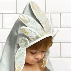Elodie Details - Hooded Towel - Indian Chief - Towel - Elodie Details - Bmini - Design for Kids - 1 Childrens Towels, Elodie Details, Baby Cheeks, Hooded Bath Towels, Indian Baby, Flat Sketches, Baby Towel, Baby Supplies, Baby Princess