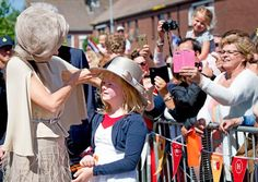 Queen Máxima launched of Neighbour's Day (Burendag)
