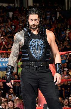 Roman Reigns Wwe Champion, Wwe Superstar Roman Reigns, Wwe Roman Reigns, Roman Reighns, Roman Reigns Family, Wwe Champions, Stylish Boys, Wwe Wrestlers, Wwe Superstars