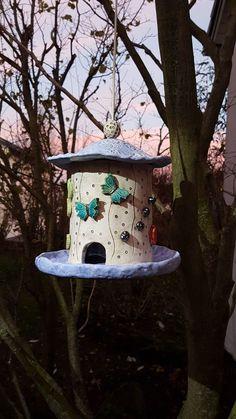 Ceramic Birds, Ceramic Art, Outdoor Art, Outdoor Decor, Diy Bird Bath, Pottery Sculpture, Clay Figures, Pottery Designs, Clay Projects
