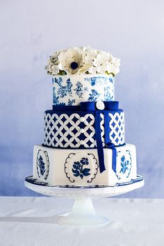 Blue and White Beauty by Chicago Bake Shop:  Elysia Root Cakes