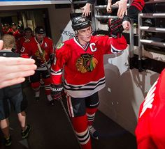 Jonathan Toews leading the Hawks into another battle at the UC.
