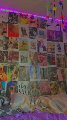 Cute Room Ideas, Cute Room Decor, Indie Room Decor, Retro Room, Vintage Room, Photowall Ideas, Room Ideas Bedroom, Teen Bedroom Designs, Bedroom Inspo