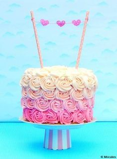 apatizers for party Bolo Laura, Cake Cookies, Cupcake Cakes, Drip Cakes, Cake Shop, Sweet Cakes, Cakes And More, Cake Smash, Beautiful Cakes