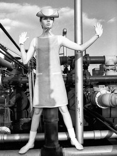 Vera Blog: Back to the Future with André Courrèges