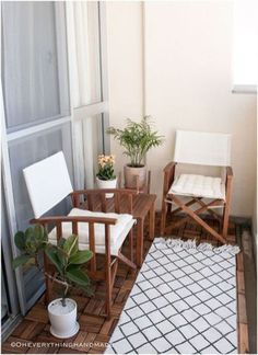 Uncommon Article Gives You the Facts on Small Apartment Patio Decor Tiny Balcony - homeknicknack Small Balcony Design, Small Balcony Garden, Small Balcony Decor, Small Room Design, Small Patio, Patio Design, Balcony Ideas, Patio Ideas, Small Balconies