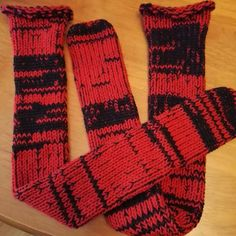 RETRO HANDMADE DOUBLE KNIT THICK SOCKS  GREAT FOR WEARING WITH BOOTS OR HANGING ROUND THE HOUSE  MADE WITH 100% MACHINE WASHABLE ACRYLIC WOOL   ONE SIZE FITS ALL  Made to order ------------------ please contact me with the colour you require plain or mixed colour anything is possible feel free to message your requests MANY COLOURS AVAILABLE