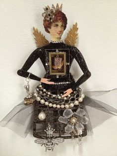 A large Angel ornament created using RetroCafeArt blanks. Michelangelo, Paper Dolls, Art Dolls, Decoupage Tins, Steampunk Dolls, Altered Art, Altered Books, Retro Cafe, Cafe Art