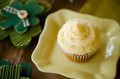 Savory Potato Rosemary Cupcakes with Irish Cheddar Frosting for St. Patrick's Day - from Cupcake Project Cupcake Recipes, Cupcake Cakes, Dessert Recipes, Desserts, Cupcake Frosting, Cupcake Ideas, Frosting Recipes, Buttercream Frosting, Cup Cakes