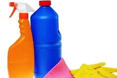 Φτιάξτε χλωρίνη με φυσικά υλικά | Μέρες Παράξενες. . . Spray Bottle, Water Bottle, Cleaning Supplies, How To Make, Olympia, Water Flask, Cleaning Agent, Water Bottles, Airstone