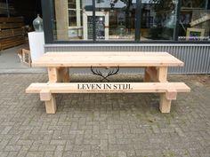 Leven in Stijl Alkmaar maakt deze douglas picknicktafel Forreest om ambachtelijke wijze in eigen meubelatelier