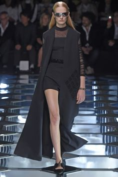 Balenciaga RTW Spring 2015 Paris Fashion Week