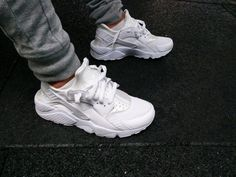 only-kicks:  All White Nike Air Huarache   Need these!!!