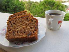 Γλυκό ψωμί με μήλο και σταφίδες,χωρίς ζάχαρη - Daddy-Cool.gr Cooking Cake, Coffee Cake, Healthy Desserts, Meatloaf, Kids Meals, Sweet Recipes, Banana Bread, Sweet Tooth, Sugar
